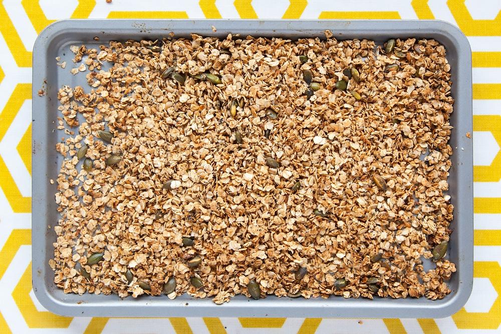 toasted-granola