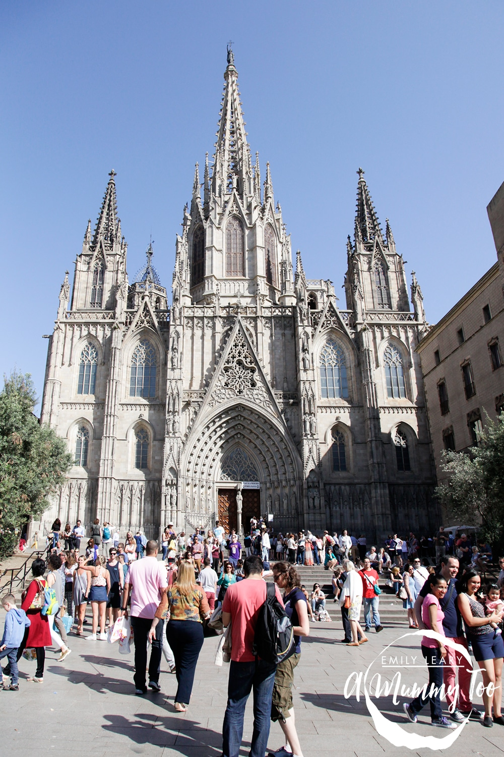 Walking-around-Barcelona-9