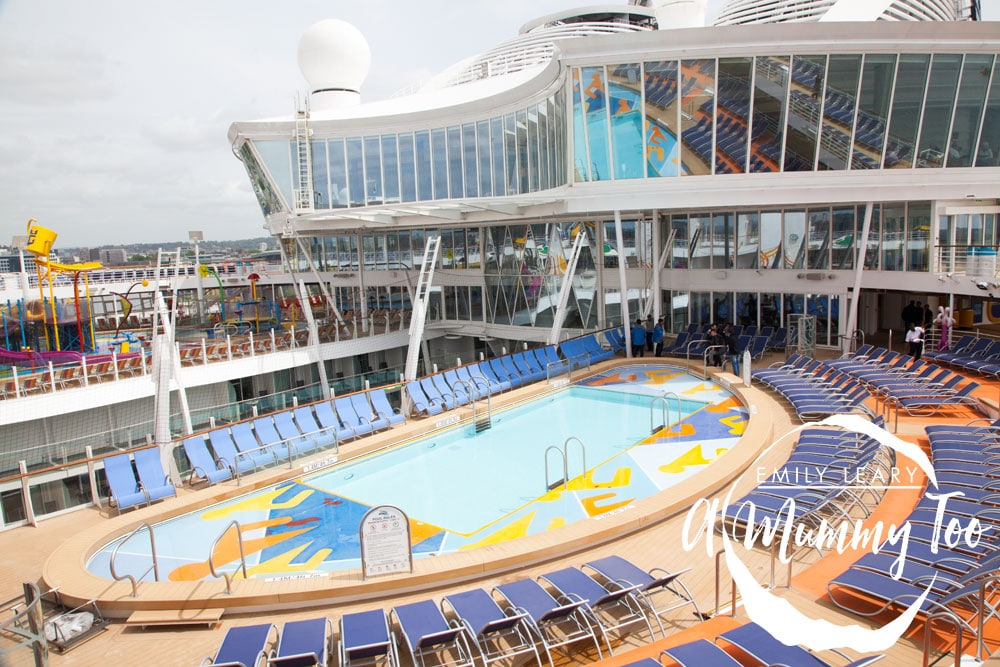 harmony-of-the-seas-pools