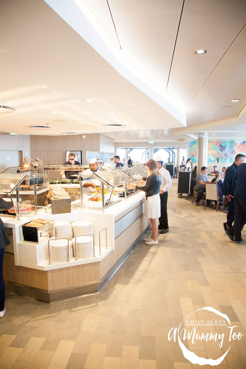 harmony-of-the-seas-windjammer-self-service-buffet