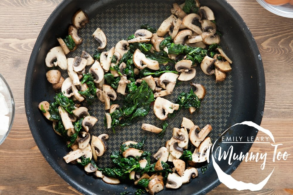 Fried spinach and mushrooms