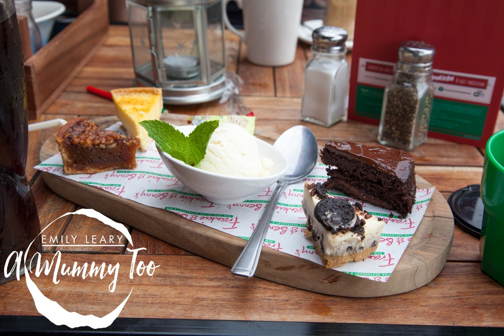 Doncaster-Frankie-and-Bennys-sharing-dessert
