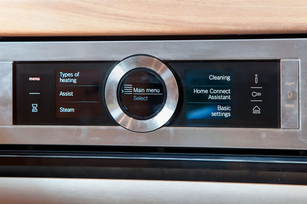 Dials on the Bosch Serie 8 oven