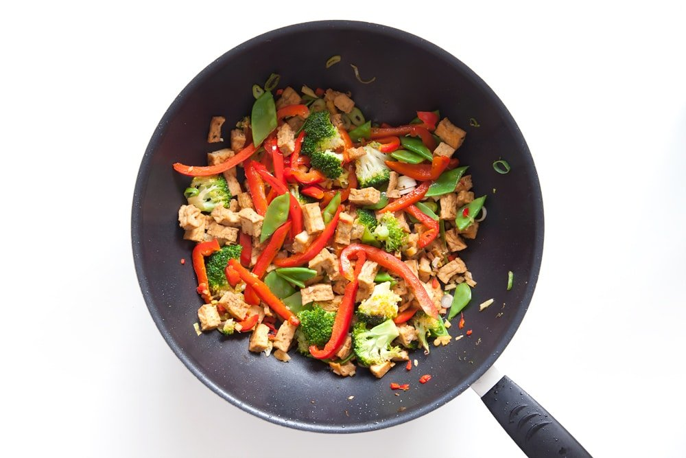 Stir frying tofu and vegetables
