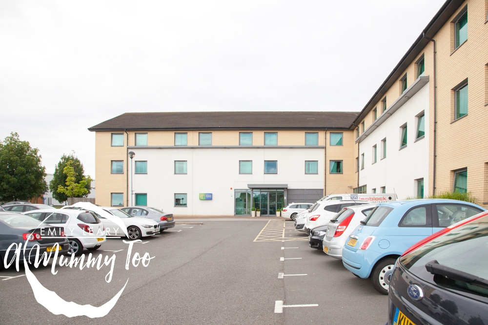 holiday-inn-express-doncaster-outside