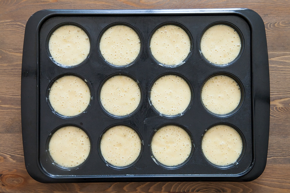 lime-and-white-chocolate-muffins-11