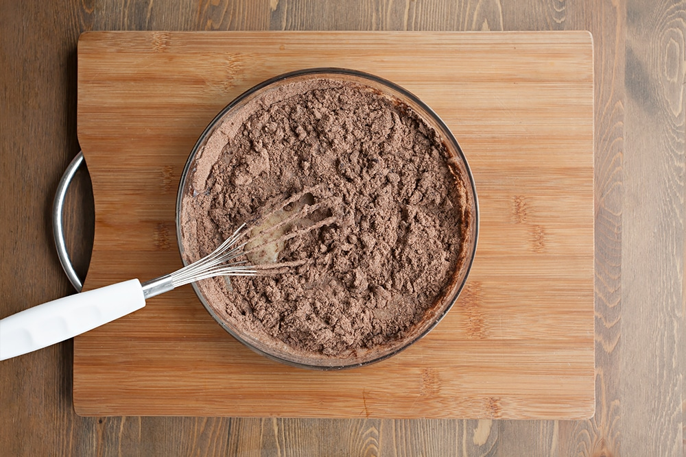 Mixing the cake mix together