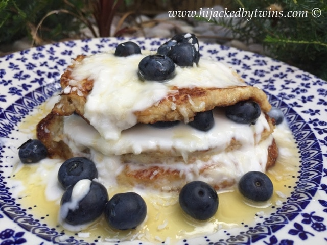 blueberry & coconut pancakes by hijacked by twins