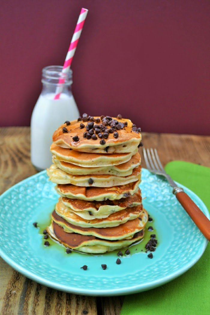 chocolate chip and raisin scotch pancakes by tinned tomatoes