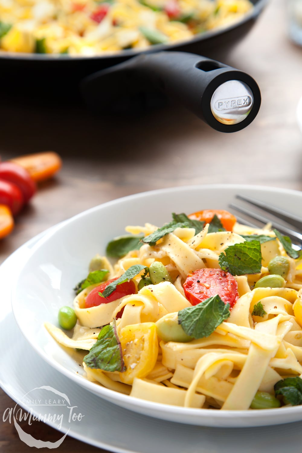 This tagliatelle is mixed with with tricolour tomatoes, edamame and mint for a deliciously flavoursome pasta dish