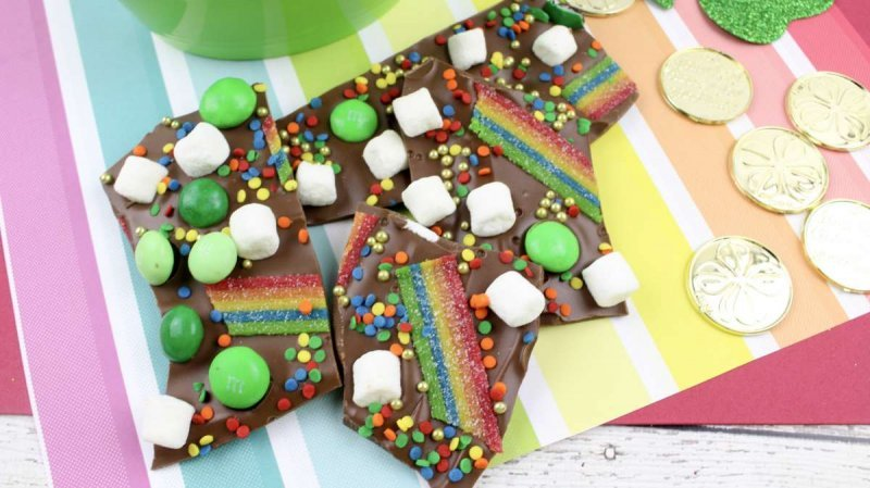 St Patrick's Day Bark by The Inspiration Edit