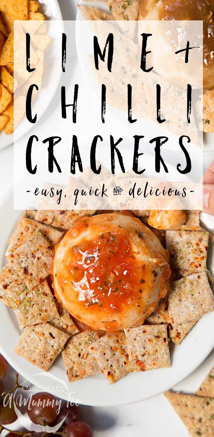 These lime and chilli crackers are an easy, quick and delicious snack! #recipe #crackers
