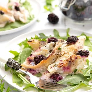 Ricotta blackberry stuffed giant pasta shells