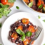 Black spaghetti with roasted tomatoes (gluten-free, vegan, flavour-rich)