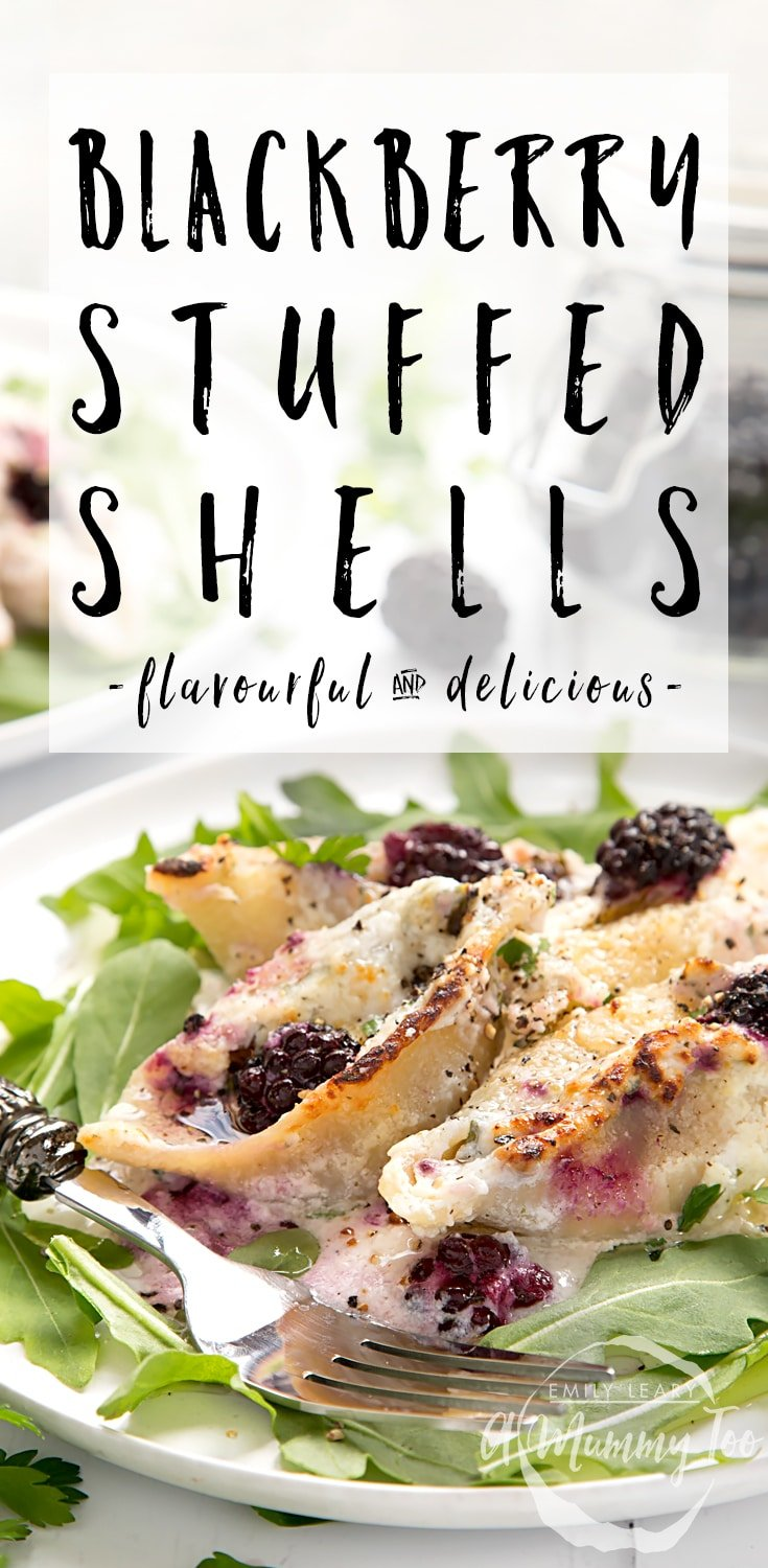 Ricotta and blackberry stuffed giant pasta shells - a flavourful, delicious pasta dish to enjoy! #recipe #pasta