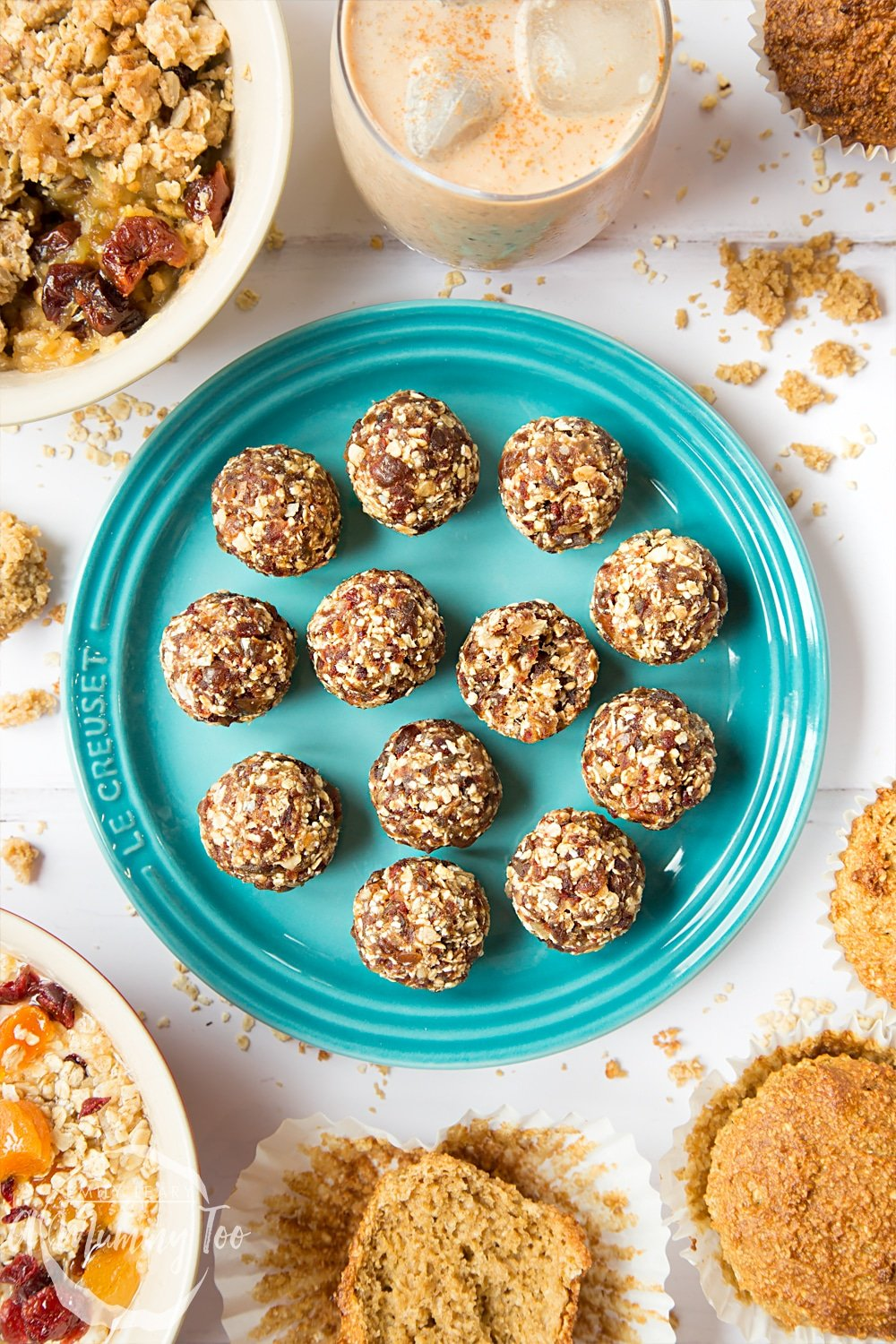 Date granola energy balls - just two ingredients!