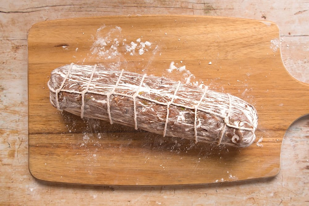 Your Christmas spiced chocolate salami is now finished!
