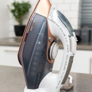 Breville DiamondXpress 3100W Steam Iron with Ceramic Soleplate – a review