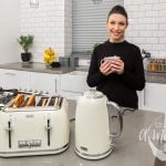 Testing the Breville Impressions 4-Slice Toaster and 1.7L Jug Kettle