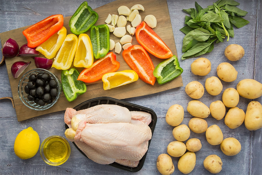 Ingredients for your healthier roast chicken with Mediterranean veg