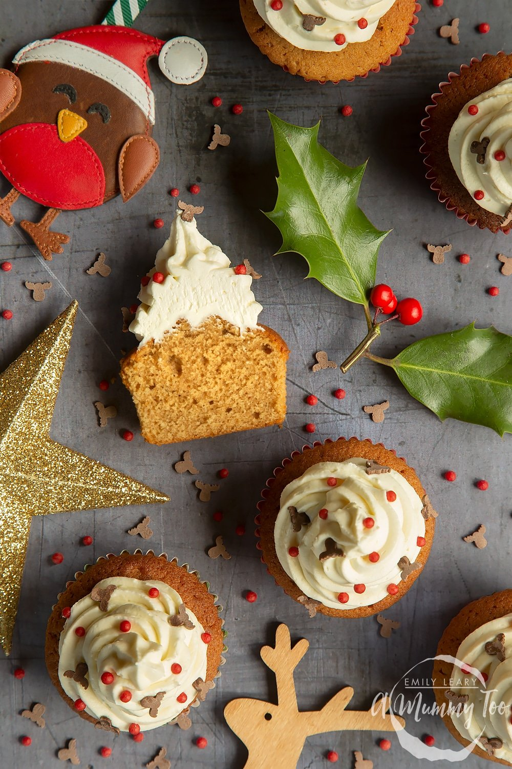 Christmas Cupcakes.Spiced Christmas Cupcakes With Marzipan Frosting