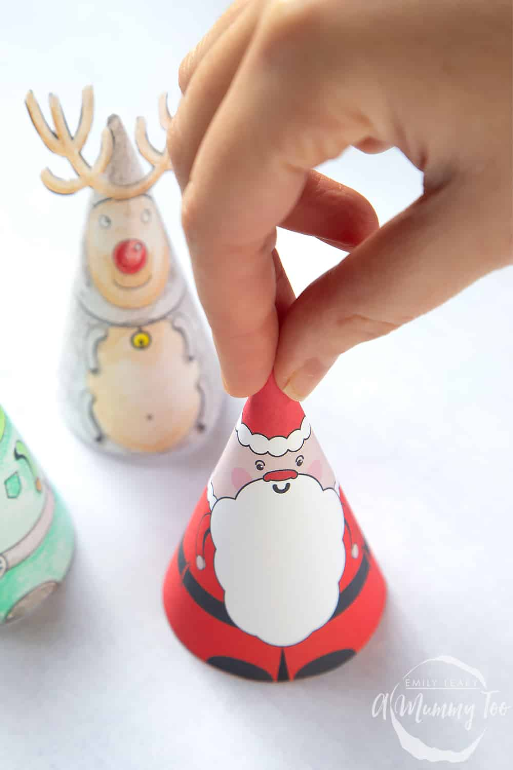 3D coloured snowman printed with coloured in reindeer and elf.