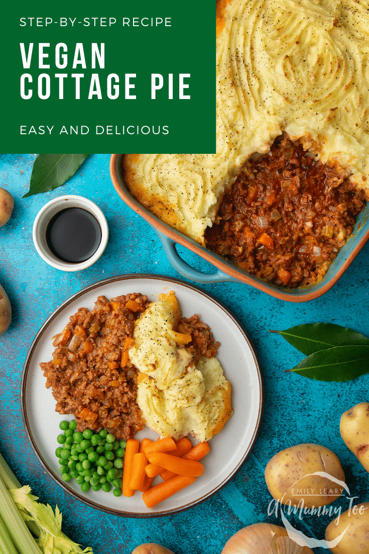 Vegan cottage pie served on a plate with peas and carrots. Caption reads: step-by-step recipe vegan cottage pie easy and delicious.